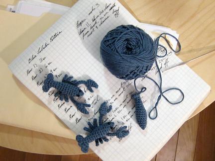 Free Crochet Pattern – Lucy the Lobster – Drunken Aunt Wendy | 324x432