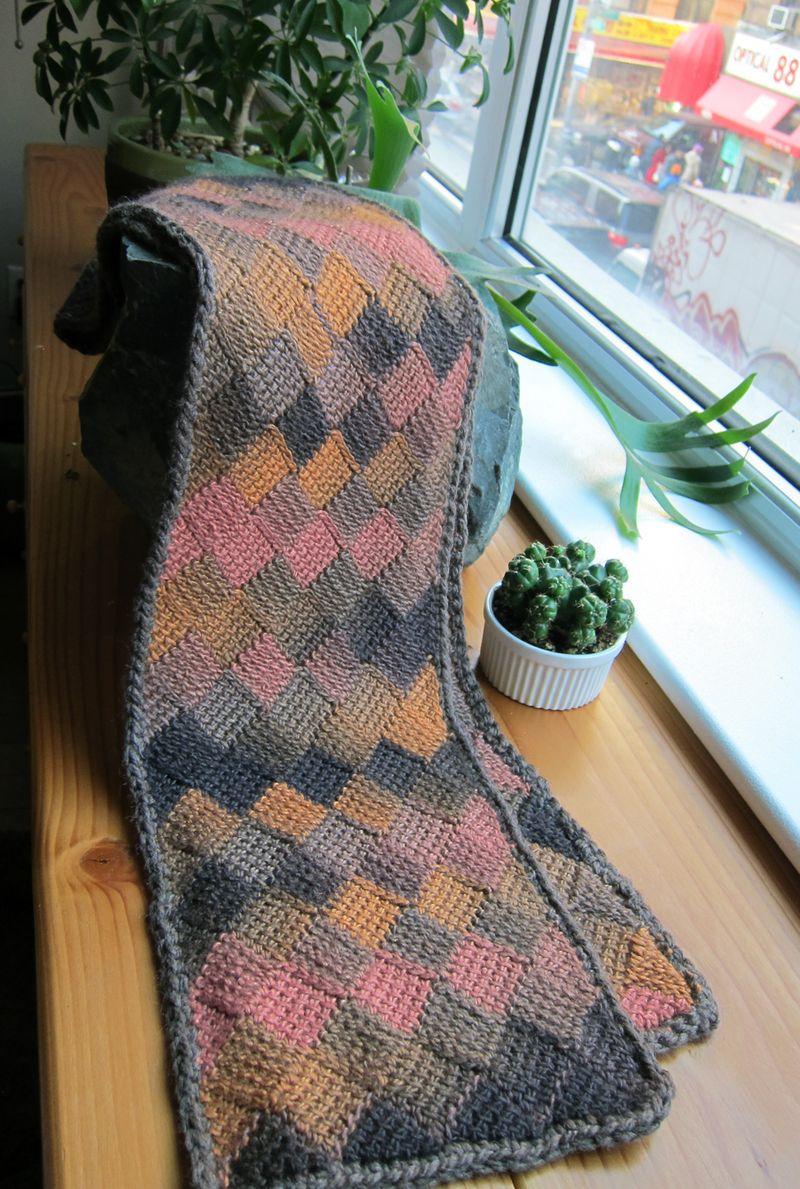 KaraboutsEntrelacScarf