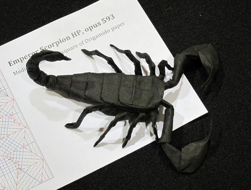 Dancing Crane, opus 460. My favorite origami work of Robert J ... | 610x808